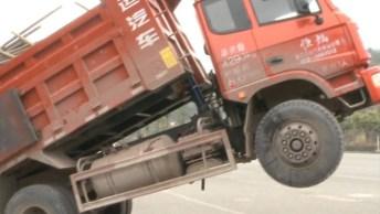 As Piores Falhas De Caminhões Nas Estradas, Cenas Impressionantes!