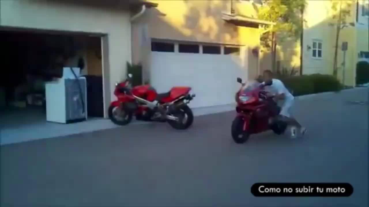Gente é cada tombo de moto