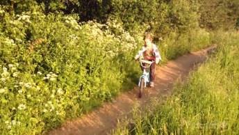Aprenda O Verdadeiro Motivo Que Alguns Pais Optam Em Não Dar Bicicleta De Natal!