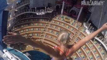 As 'Barrigadas' Na Água Mais Engraçadas Que Você Já Viu Hahaha!