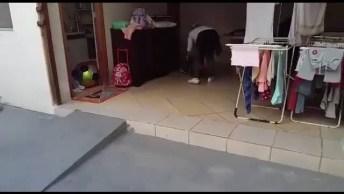 Brincando Com A Mamãe Versus Brincando Com Papai, Muito Engraçado, Kkk!
