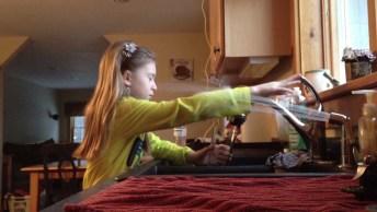 Pegadinhas Caseiras Super Engraçadas, Tente Não Rir Com Estes Vídeos!