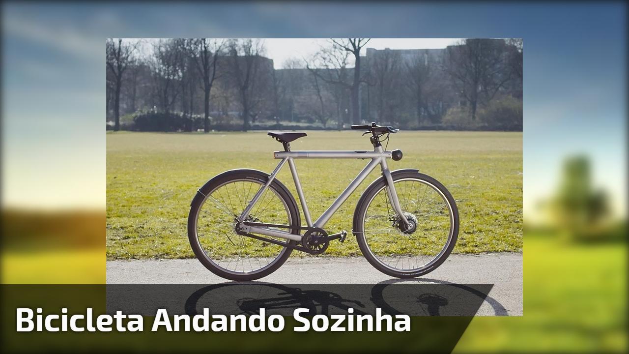 Bicicleta andando sozinha