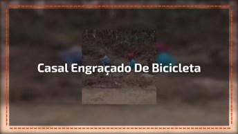 Quando O Zé Resolve Carregar A Maria De Bicicleta Kkk, Confira!