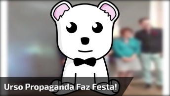 Urso De Propaganda De Refrigerante Fazendo Humor, Confira!