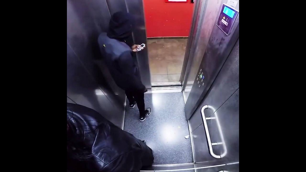 Pegadinha no elevador, imagina o susto dessas pessoas