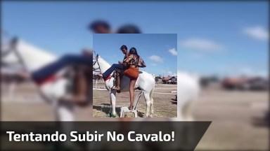 Cavalo Não Permite Que Mulher Suba Nele, Um Vídeo Engraçado Para Compartilhar!