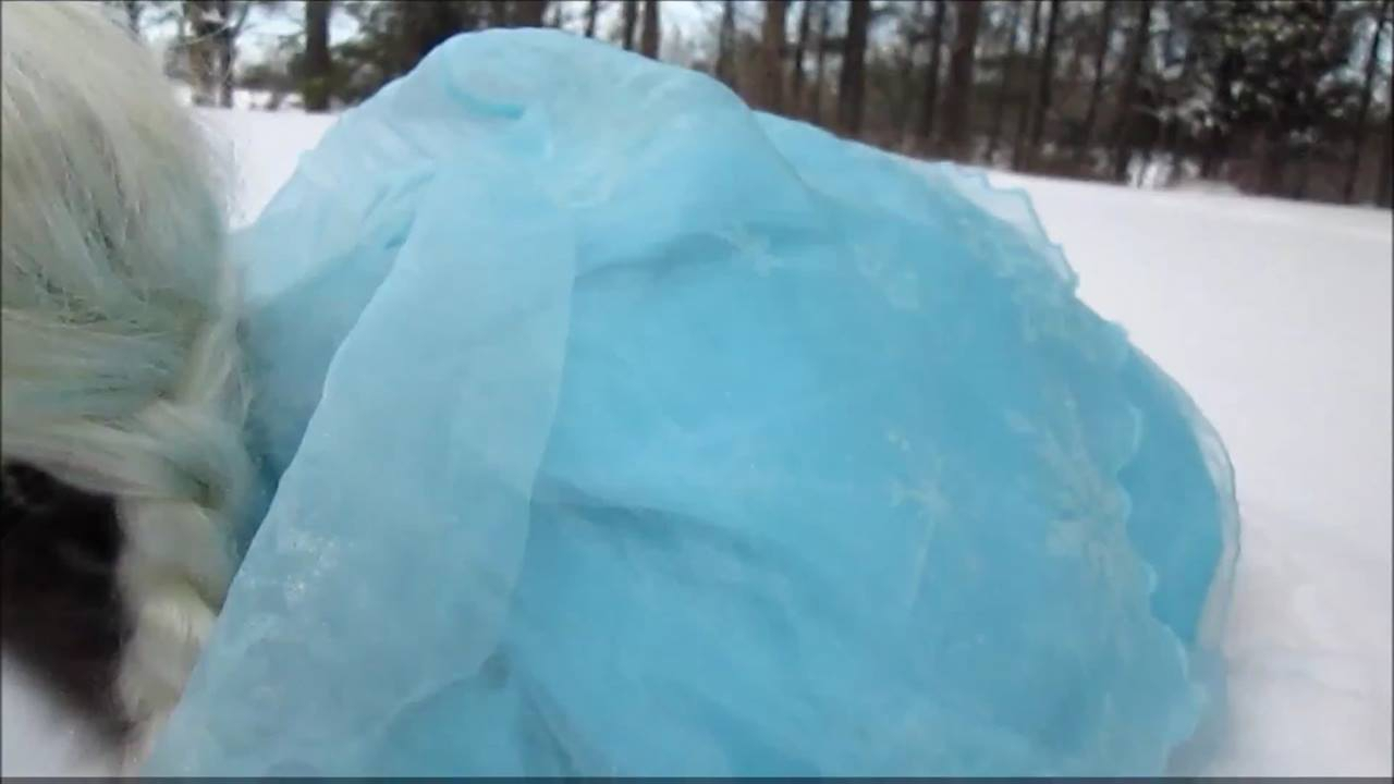 Elsa de Frozen em uma versão que você nunca viu