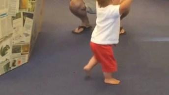 A Emoção Dos Primeiros Passos De Um Bebê, Que Fase Mais Linda!