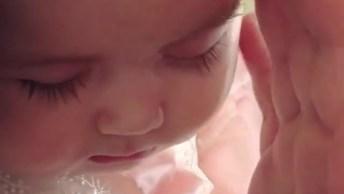 A Perfeição De Um Bebê Dormindo, Que Desenho De Deus!