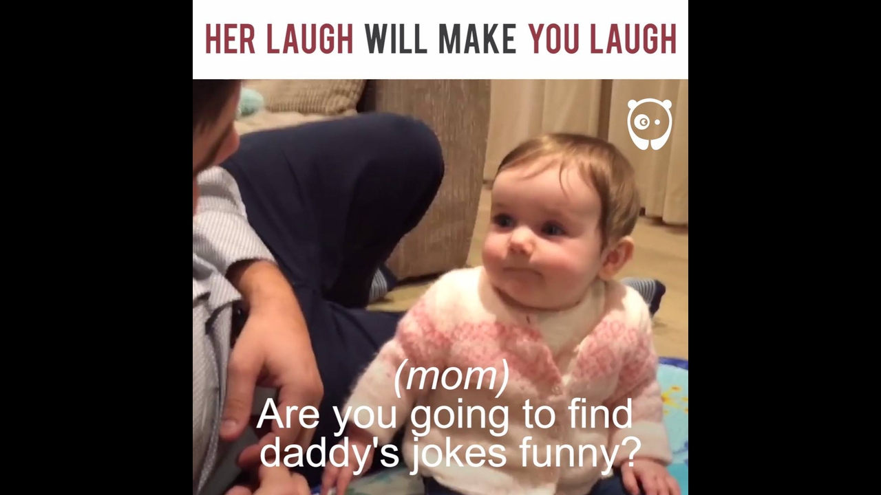 Bebe cai na risada, e com certeza vai fazer você rir junto kkk