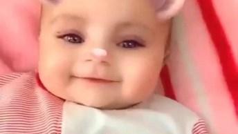 Bebê Com Aplicativo Que Coloca Orelhinhas, Que Fofura, Confira!