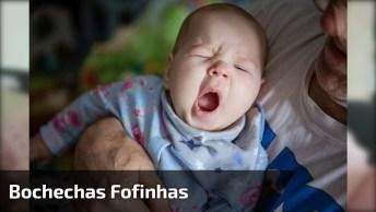 Bebê Com As Bochechas Mais Lindas Do Dia, Que Vontade De Apertar Também!