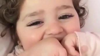 Bebê Começando A Falar As Primeiras Palavras, Que Coisa Mais Linda!