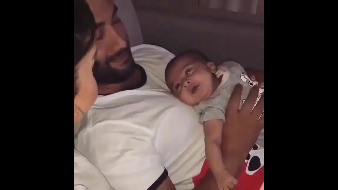 Bebê conversando com a mamãe, o vídeo mais lindo que você vai ver hoje!!!
