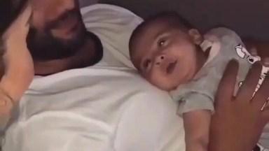 Bebê Conversando Com A Mamãe, O Vídeo Mais Lindo Que Você Vai Ver Hoje!