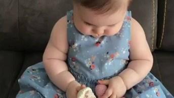 Bebê Dando Risadas Super Engraçadas, Que Delicia De Alegria!