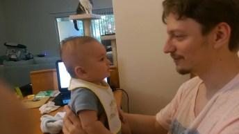 Bebê Falando I Love You, Olha Só O Espanto Do Papai, E Muito Fofinho!