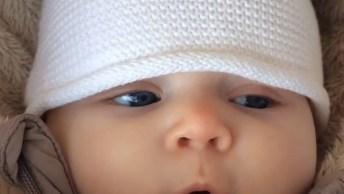 Bebê Fazendo Aquele Barulhinho Que Deixa Qualquer Mamãe Babando!