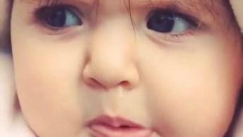 Bebê Fofo - Essa Água Deve Ser Muito Saborosa Hein, Confira!