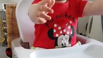 Bebê Linda Dando Risadas! Que Som Mais Gostoso De Ouvir, É Contagiante!