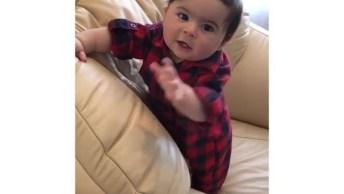 Bebê Lindo Dando Risadinhas, Que Coisinha Mais Fofinha Gente!