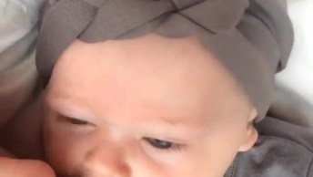 Bebê Mais Linda Que Você Vai Ver Hoje, Olha Só Essa Risadinha!