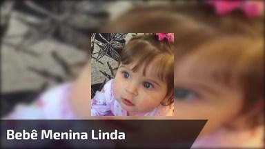 Bebê Menina Linda, Perfeito Para Compartilhar No Facebook Com As Amigas!