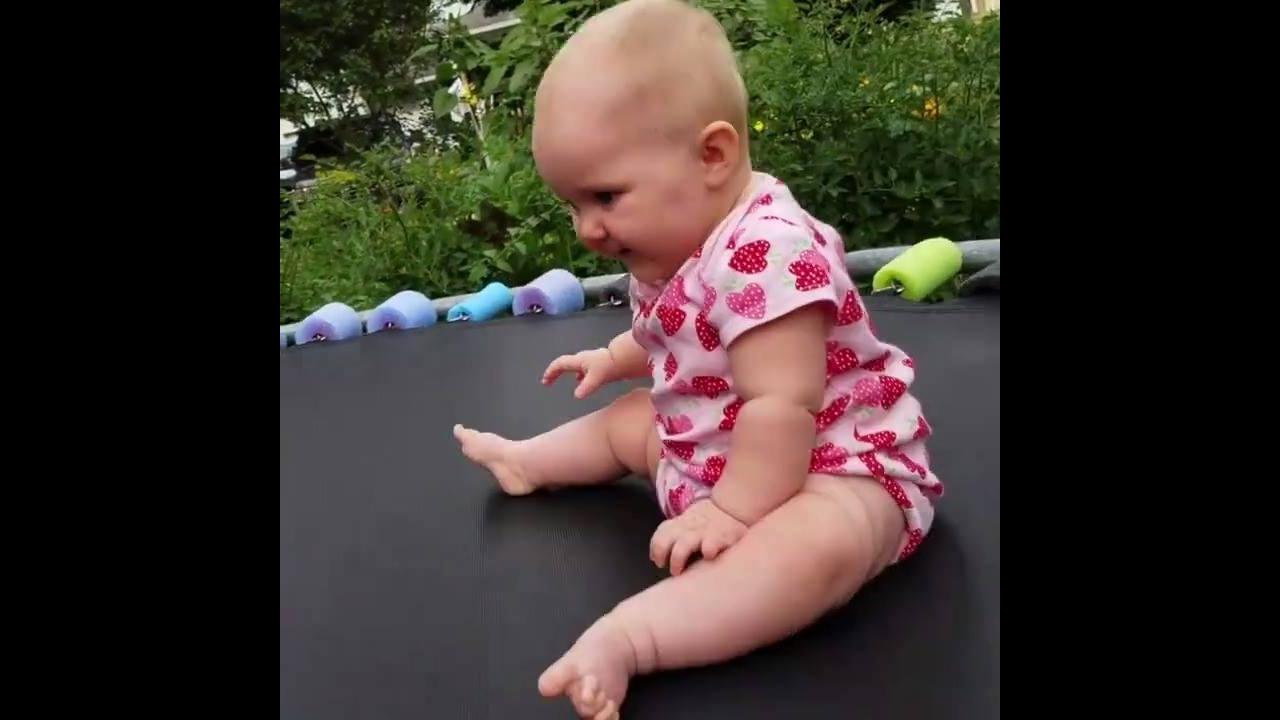 Bebês com as reações mais fofas que você vai ver hoje