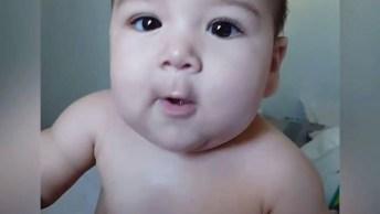 Bebês E Suas Carinhas Mais Engraçadas, Veja O Vídeo E Se Apaixone!