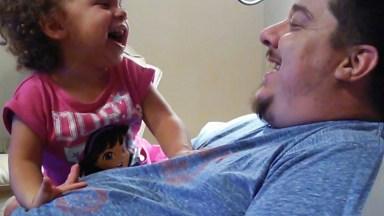 Bebês E Suas Risadas Mais Divertidas E Contagiantes, Confira!
