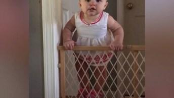Bebês Escapando Dos Pais, Cada Um Se Vira Como Pode Hahaha!