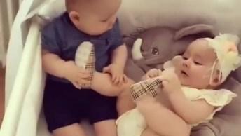 Bebês Fofos Para Alegrar O Dia Dos Amigos Do Whatsapp, Envie Agora Mesmo!