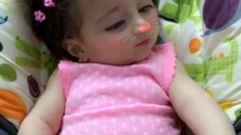 Bebezinha Linda Com Efeito Da Câmera, Olha Só Que Fofura!