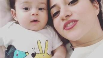 Cena Fofa De Mãe E Bebê, Que Fofura De Criança, Confira!