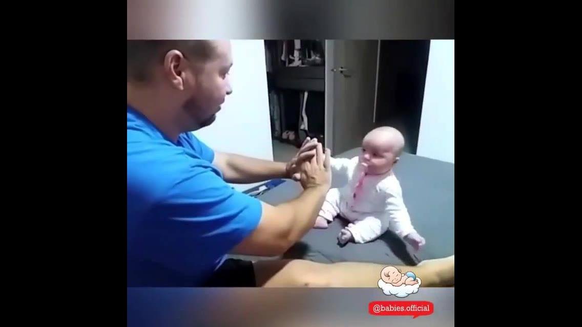 Coisas engraçadas que só os bebês podem fazer
