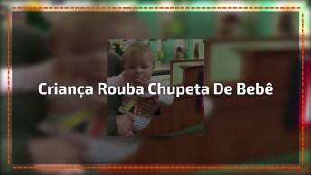 Criança Rouba Chupeta De Bebê, Veja Como Ela Foi Rápida Hahaha!