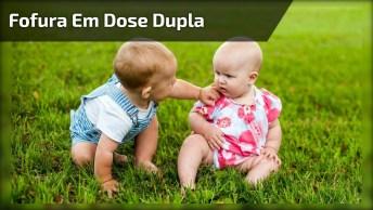 Dois Bebês Para Deixar A Sua Tarde Super Fofa, Compartilhe!