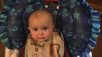 Este Vídeo De Bebê É Muito Lindo! Não Tem Como Não Se Emocionar!