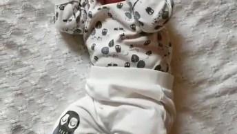 Imagens De Um Bebê Recém Para Compartilhar No Facebook, Confira!