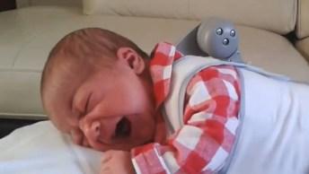 Máquina De Fazer Bebê Dormir, Toda Mamãe Vai Querer Ter Uma Dessa!