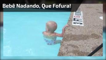 Que Imagens Mais Lindas! Veja Só Esta Bebê Nadando, É Muito Lindinha!