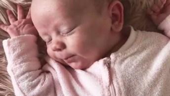 Soninho Gostoso Dos Bebês, Olha Só Que Paz Este Vídeo Nos Passa!