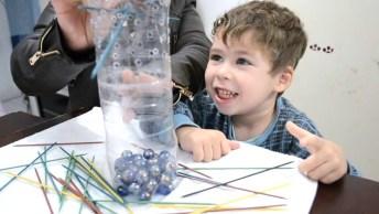 Aprenda A Fazer Um Brinquedo Reciclável Para Divertir As Crianças!