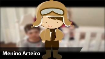 Arte De Criança - Passaram Pomadas No Rosto E Menina Fica Branca!