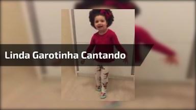Criança Cantando, Ela E Super Linda E Interpreta Muito Bem!