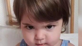 Criança Coloca Óculos De Grau E Tem Reação Engraçada, Confira!