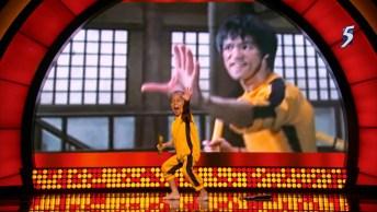 Criança De 5 Anos Imitando Os Golpes De Bruce Lee, Sensacional!