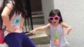 Crianças Dançando A Música Despacito, Muito Engraçado E Fofo!
