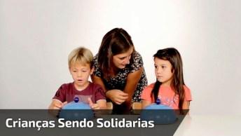 Crianças Sendo Solidarias, Veja Que Linda Lição Recebemos Destes Pequeninos!